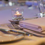 dining sets utensils presentable